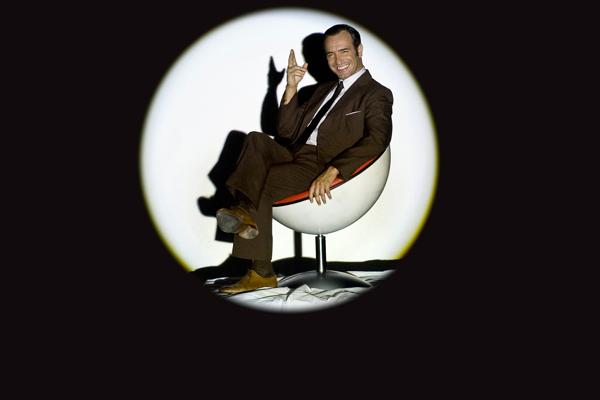 Jason bourne john steed austin powers qui est le plus for Dujardin 007