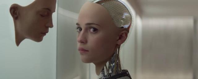 Bande-annonce Ex Machina : 2 acteurs de Star Wars VII face à un robot