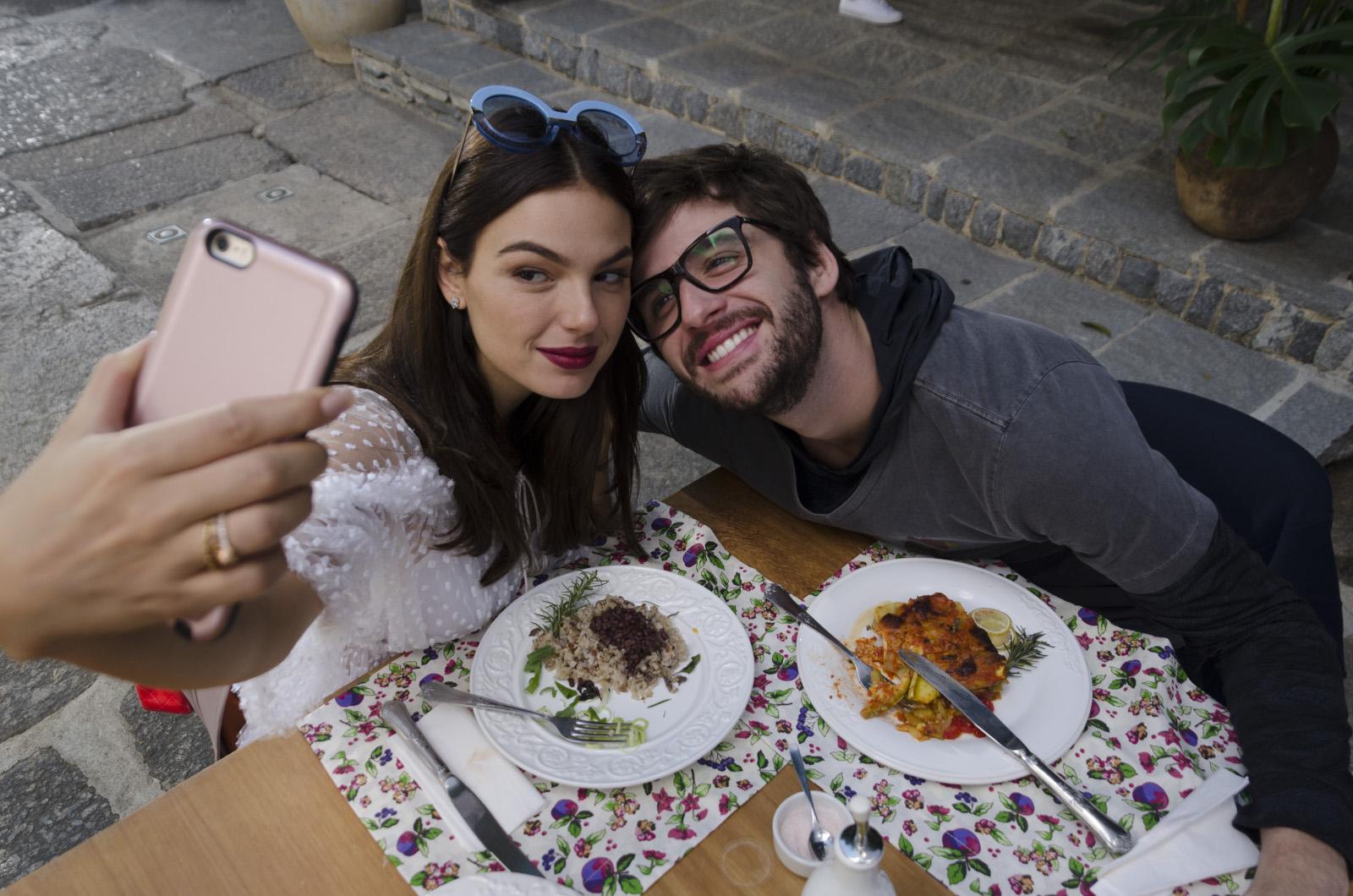 Amor.com - Foto