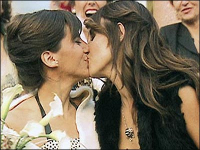 spain lesbian