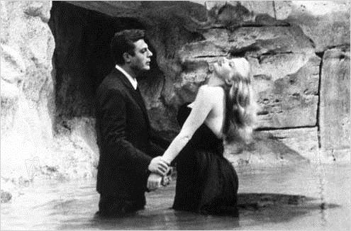 La Dolce Vita : photo Anita Ekberg, Federico Fellini, Marcello Mastroianni