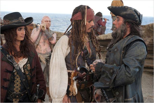 Pirates des Caraïbes : la Fontaine de Jouvence : photo Ian McShane, Johnny Depp, Penélope Cruz, Rob Marshall