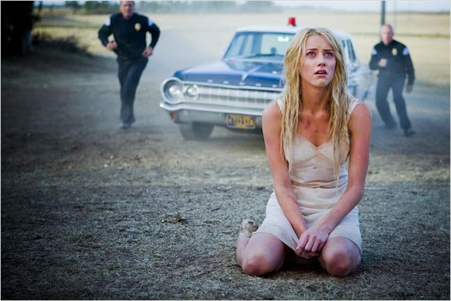 The Ward : photo Amber Heard, John Carpenter