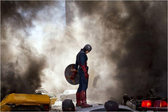 The Avengers de Joss Whedon - Page 2 20069303