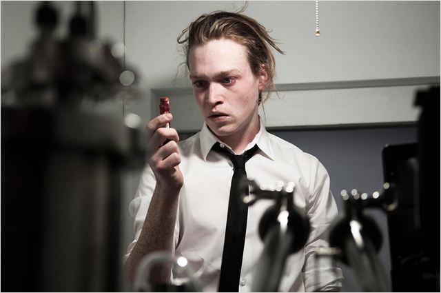 Antiviral : photo Caleb Landry Jones