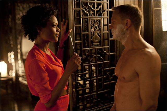 Skyfall : photo Daniel Craig, Naomie Harris