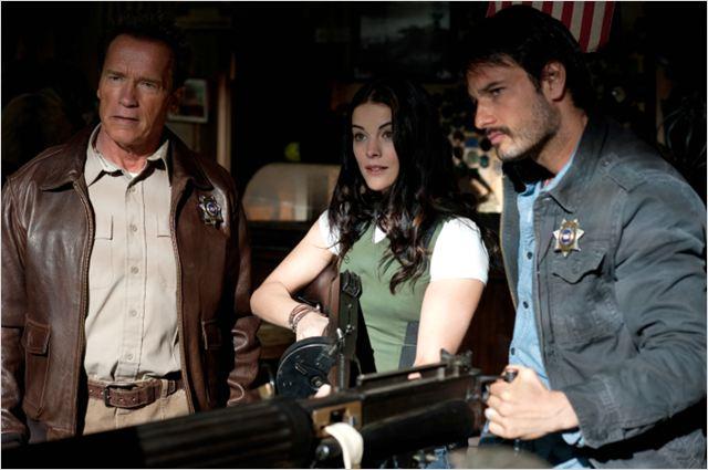 Le Dernier rempart : photo Arnold Schwarzenegger, Jaimie Alexander, Rodrigo Santoro