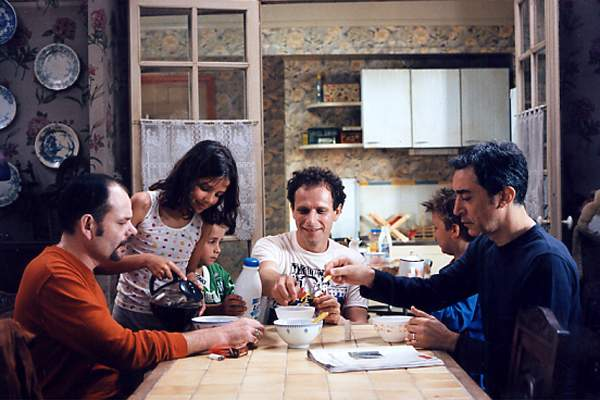 http://images.allocine.fr/r_760_x/medias/nmedia/00/02/23/51/69198031_ph3.jpg