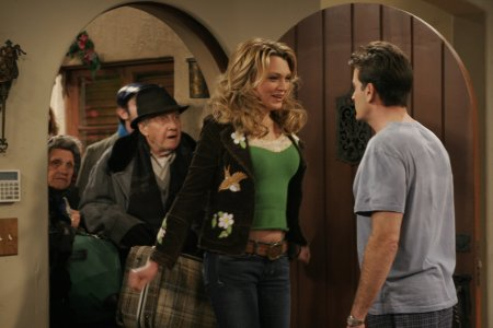 Two And A Half Men S09E11 FASTSUB VOSTFR HDTV XviD-F4ST