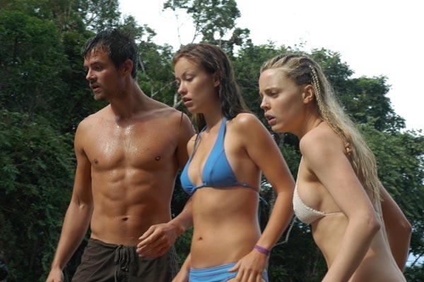Josh Duhamel torse nu en compagnie d'Olivia Wilde dans Paradise Lost