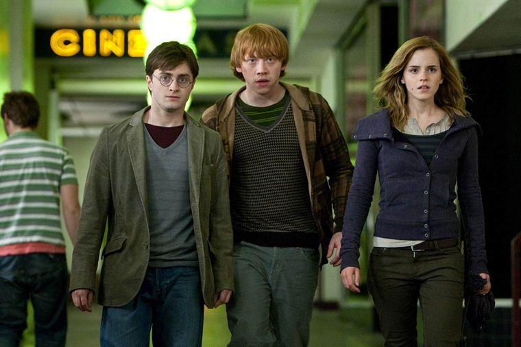 Harry Potter et les reliques de la mort - partie 1  19207730