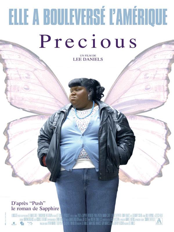 Tous les stigmates de la femme noire et obèse américaine mis en contraste avec les ailes de papillon : la beauté de l'âme prime sur celle du corps... Un peu too much ?