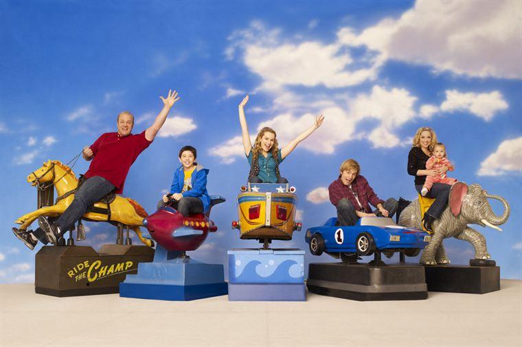 Série de Disney Channel sur une famille américaine. Quelle série est-ce ?