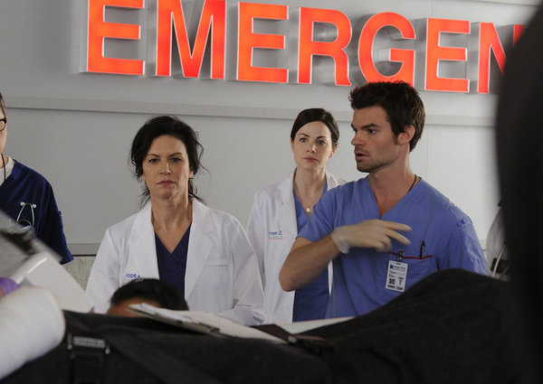 Saving Hope 20150686