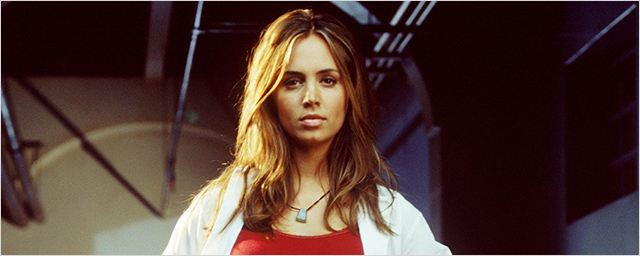 """Comic Con Paris : un spin-off sur Faith, une suite de """"Buffy""""... Eliza Dushku nous répond !"""