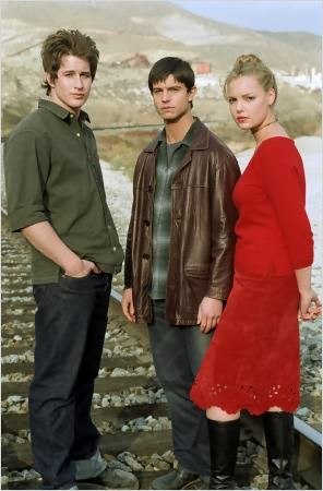 Roswell : photo Brendan Fehr, Jason Behr, Katherine Heigl