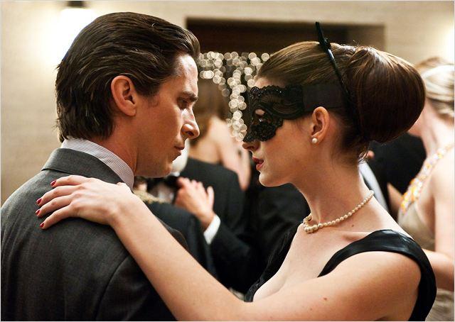 The Dark Knight Rises : photo Anne Hathaway, Christian Bale